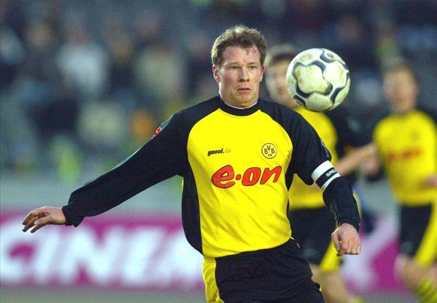Stefan Reuter im Trikot von Borussia Dortmund