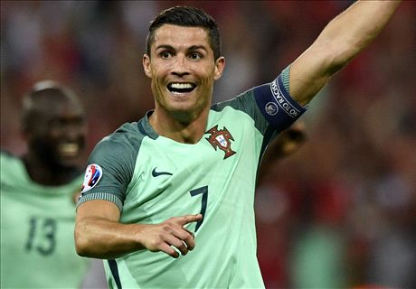 Ronaldo outshines Bale in SF showdown