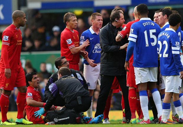 Mirallas: I expected to be sent off for Suarez challenge