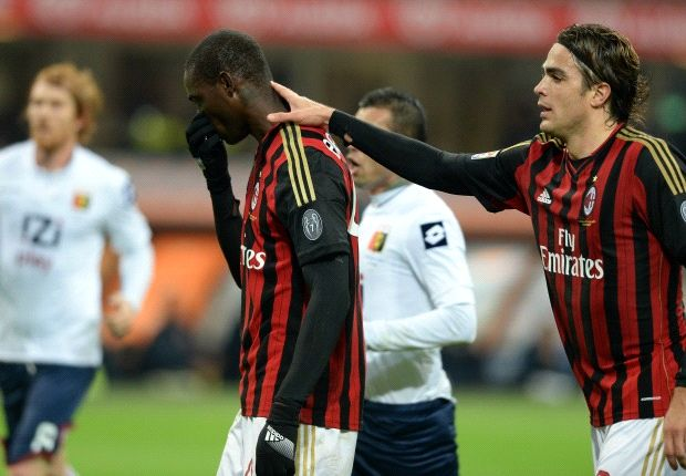 Angry AC Milan fans force players to remain in San Siro