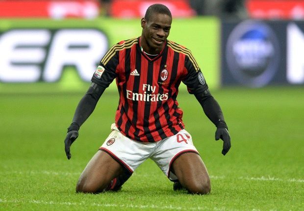 AC Milan 1-1 Genoa: Balotelli misses penalty as Rossoneri held by 10 men