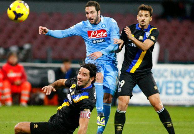 Nápoles 0-1 Parma: Antonio Cassano conquista San Paolo: Antonio Cassano conquista San Paolo