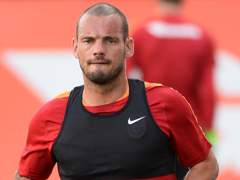 Pays-Bas, Sneijder incertain pour le match face à la France