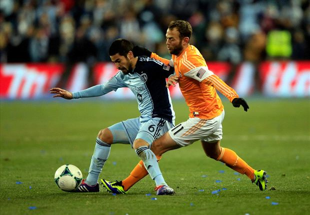 Sporting Kansas City 2-1 Houston Dynamo: Sporting freezes out Dynamo to make MLS Cup final