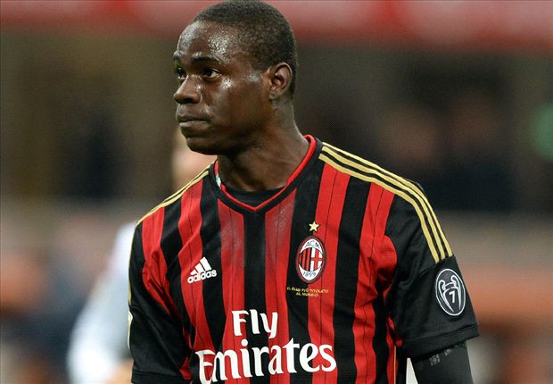 Steht Mario Balotelli beim AC Mailand bereits wieder vor dem Absprung?