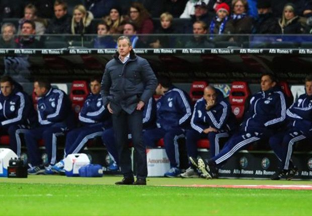 Steht in der Kritik: Schalke-Trainer Jens Keller