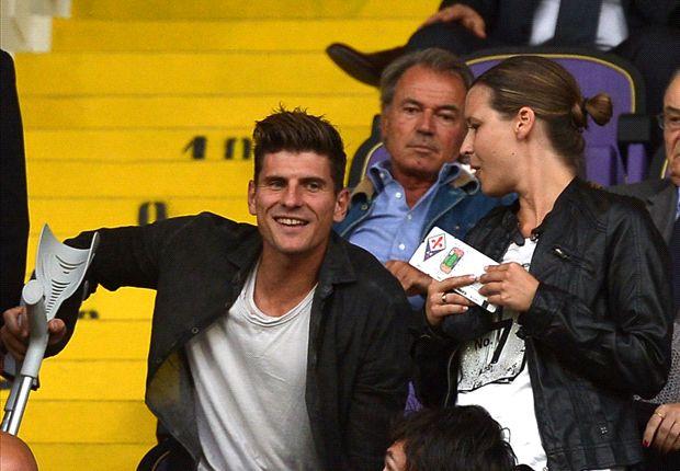 Auch weiterhin zum Zuschauen verbannt: Mario Gomez