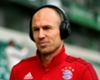 Robben laughs off Bayern exit talk