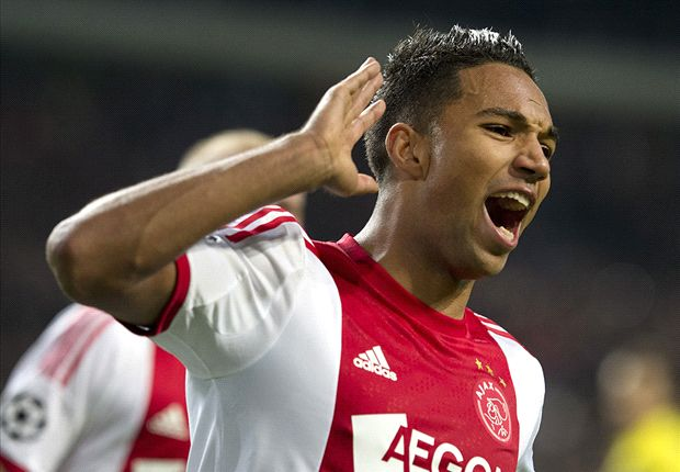 Ajax 2-1 Barcelona: Ten-man hosts end Blaugrana's unbeaten run to keep qualification hopes alive