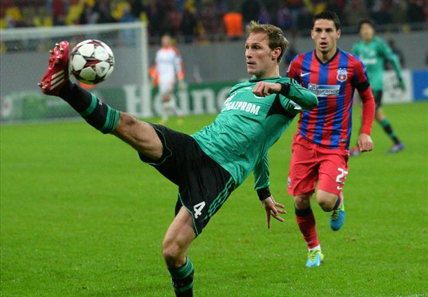 Schalke can handle the pressure against Basel - Howedes