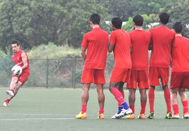 Churchill Brothers SC - Sporting Clube de Goa Preview: Flaming Oranje look to melt the Red Machines