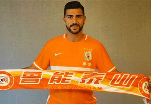 Pelle leaves Southampton for China - for £34m in wages!