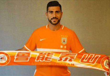 OFFICIAL: Pelle moves to China