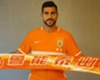 WATCH: Pelle off the mark in China