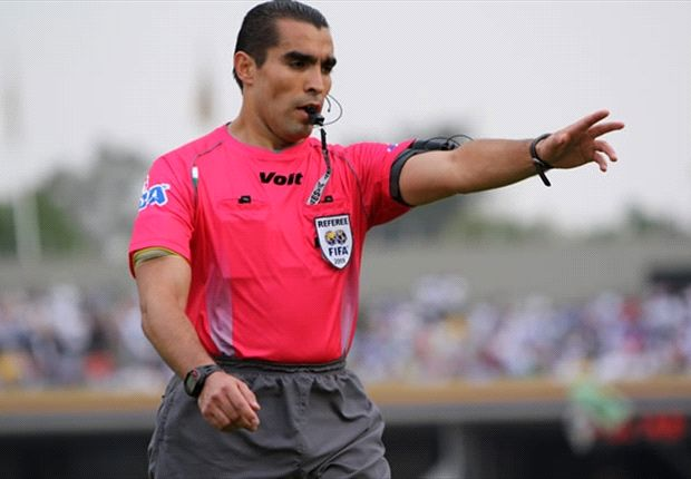 "Mexico World Cup referee ""Chiquimarco"" retires"