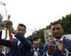 Ronaldo gives Nani his Silver Boot award