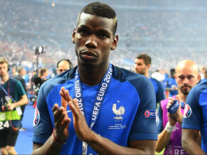 Juventus stand firm on Pogba after Manchester United offer €120 million