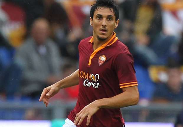 Burdisso: I could leave Roma to win World Cup place