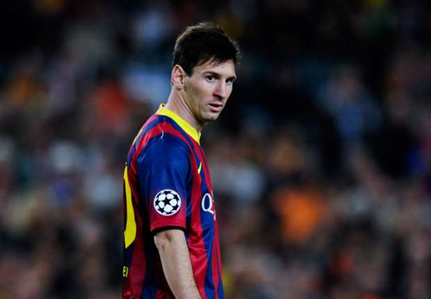 Messi returns to Argentina for treatment