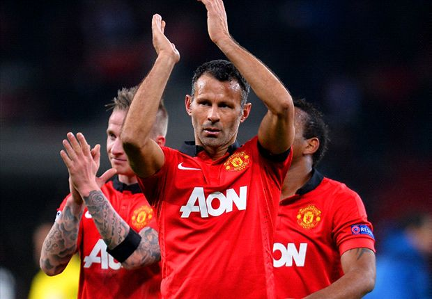 Moyes: No Giggs contract talks until the summer