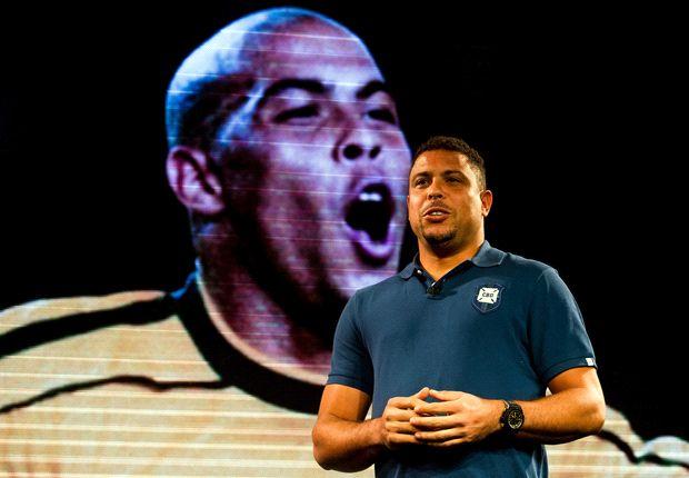 رونالدوی برزیلی: فکر می کنم که مسی دوباره توپ طلا را می برد.