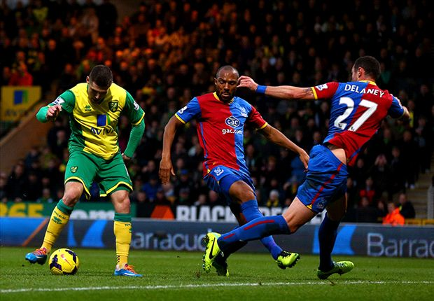 Norwich City 1-0 Crystal Palace: Hooper strike keeps Pulis' side rooted to bottom