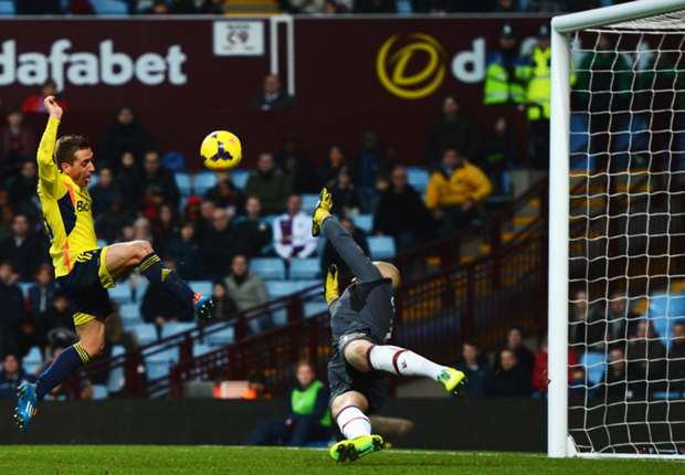 'He won't stop saying sorry' - Poyet reveals Giaccherrini regret following glaring miss against Aston Villa