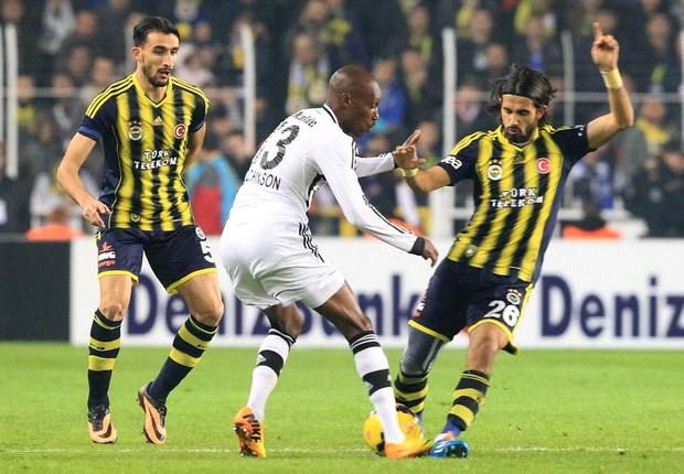 Packendes Derby in Istanbul - ohne Sieger