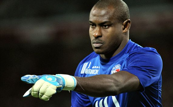 Enyeama keeps 11th consecutive clean sheet as Lille snatch win over Marseille The Nigerian goalkeeper has now gone more than 1,000 minutes without conceding in Ligue 1 as Nolan Roux netted an injury-time winner to move his side within a point of PSG