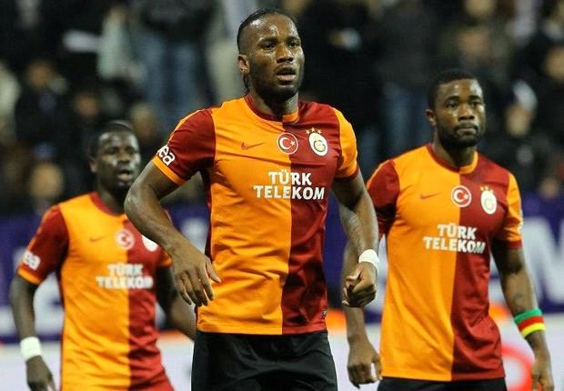 Drogba and Eboue to be charged for showing shirts with tributes to Nelson Mandela