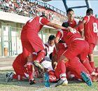 Staff member punches referee in Peru