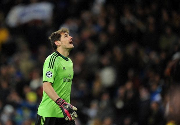 Iker Casillas en el partido del Real Madrid ante el Galatasaray