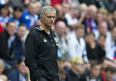 Mou's Man Utd reign starts with victory
