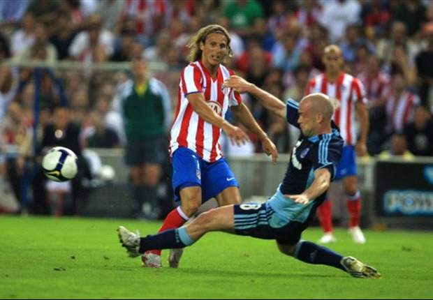 Manchester City Reportedly Eager To Pay Out Diego Forlan's Atletico Madrid Contract