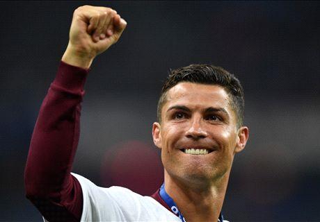 Ryanair dedicate plane to Ronaldo
