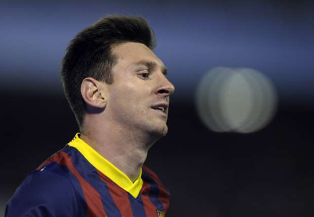 Messi could miss start of January, says Martino