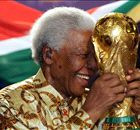 Football pays tribute to Nelson Mandela