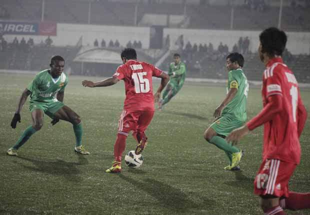 Shillong Lajong 2-1 Salgaocar FC: Derrick Pereira's side poor run continues