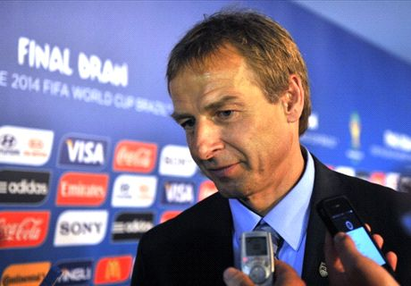 Klinsmann signs four-year extension with United States