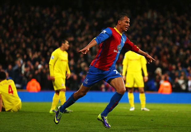 Crystal Palace boss Pulis backs Chamakh to continue revival