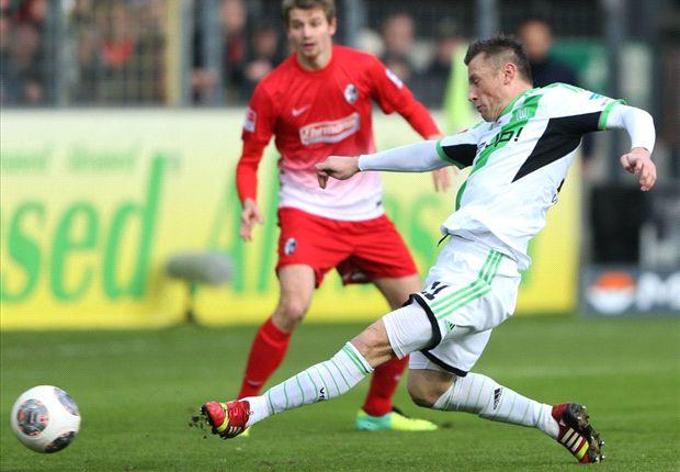 Olic considering Stoke offer