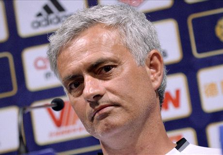 Mou's Man Utd midfield woes laid bare