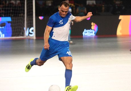 Giggs, Salgado book Futsal final berth