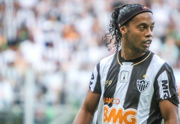 Ronaldinho, pretendido por el Atlas