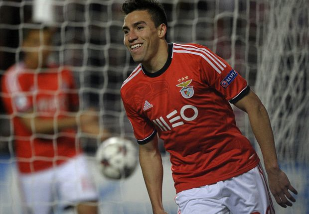 Benfica 2-1 Paris Saint-Germain: Gaitan goal not enough for Jesus' men