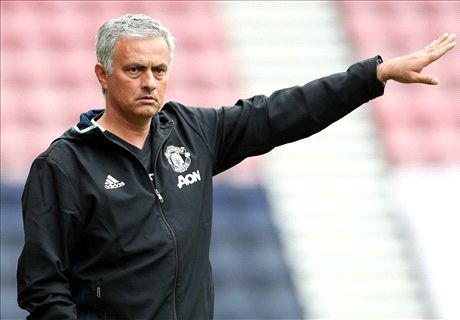 Mou happy to accept legends' criticism