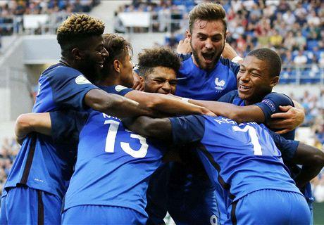 Les Bleuets terrassent l'Italie et montent sur le toit de l'Europe