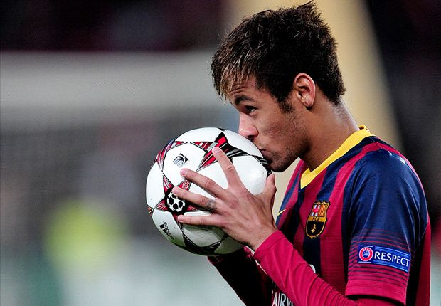 Neymar amazed me in Messi role - Martino