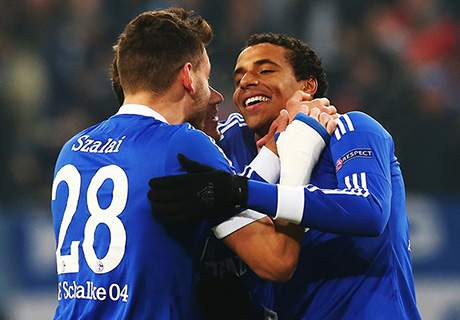 No choke from Schalke but tears from Higuain - Wednesday's Champions League in pictures