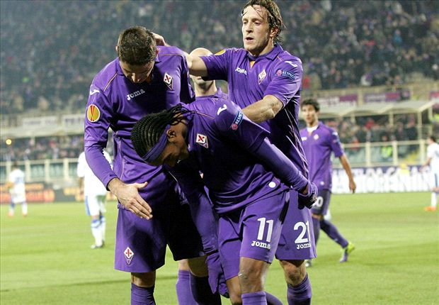 Los jugadores de la Fiore festejando el segundo gol.